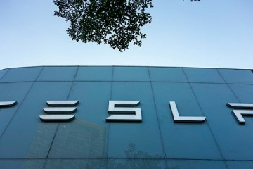 特斯拉市值破千亿创美国上市汽车公司纪录